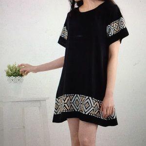 Patterned oversized shift dress
